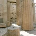 16-las monumentales columnas del Partenon estan siendo reconstruidas