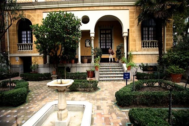 2 jard n de acceso a la casa de joaquin sorolla en madrid for Casa jardin madrid