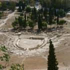 7-teatro de Dionisio rodeado en su origen de jardines . 280