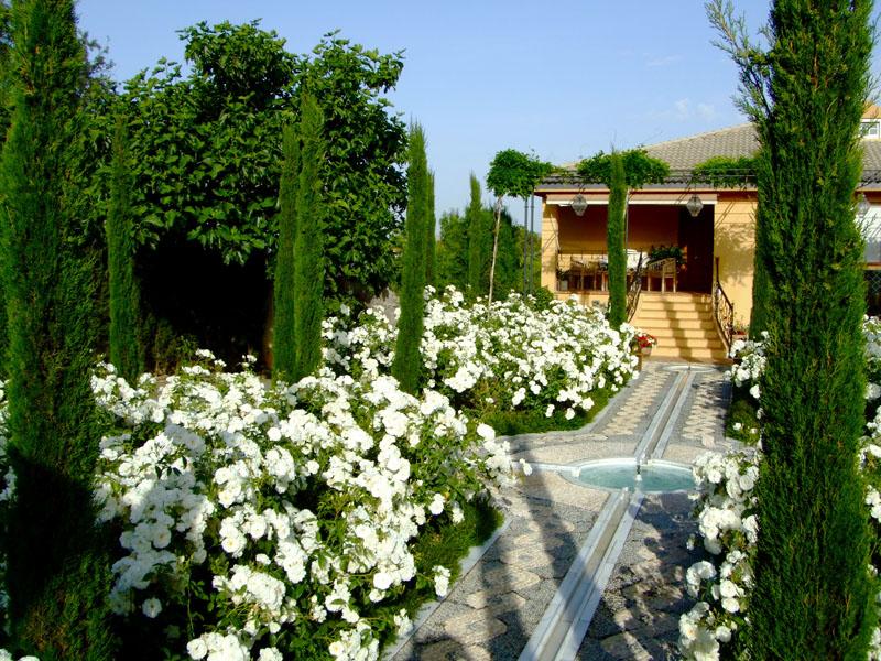 Jardines de la mora paisajistas marbella - Paisajista de jardines ...